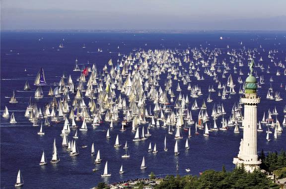 Trieste a colori Le vele della Barcolana